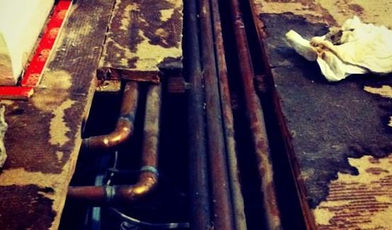 leak pipe burst under floor